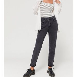 BDG High Waisted MOM Jeans